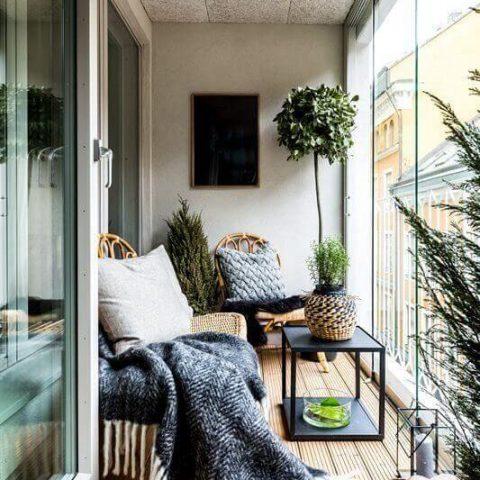 جدیدترین ایده ها برای شیشه ای کردن بالکن+مشاوره انتخاب پنجره